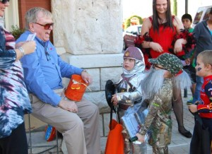 trick or treat the granbury square